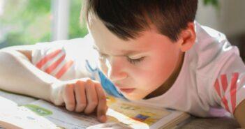 Lernschwierigkeiten Kinder: die Lese-Rechtschreibstörung Legasthenie