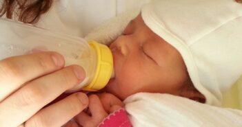 Umstellung Muttermilch auf Beikost