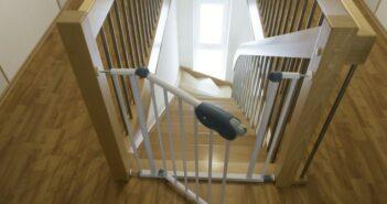 Fallen und Gefahrenzonen entschärfen: Tipps für eine kindersichere Wohnung