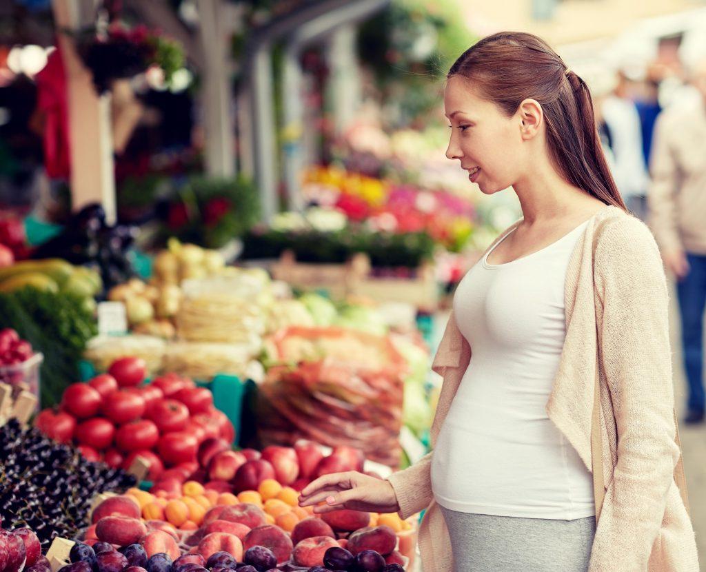 Gesunde Ernährung in der Schwangerschaft besonders wichtig. Schließlich soll das Baby ja wachsen und gedeihen