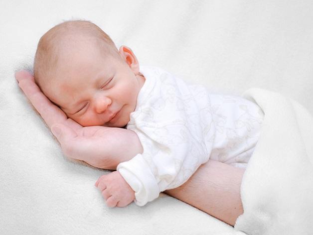 Sobald das Kind auf der Welt ist, drehen sich die Uhren anders.(#04)