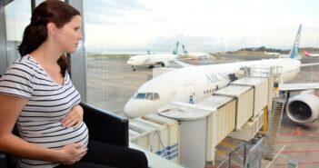 Fliegen in der Schwangerschaft – Ist das gesund?