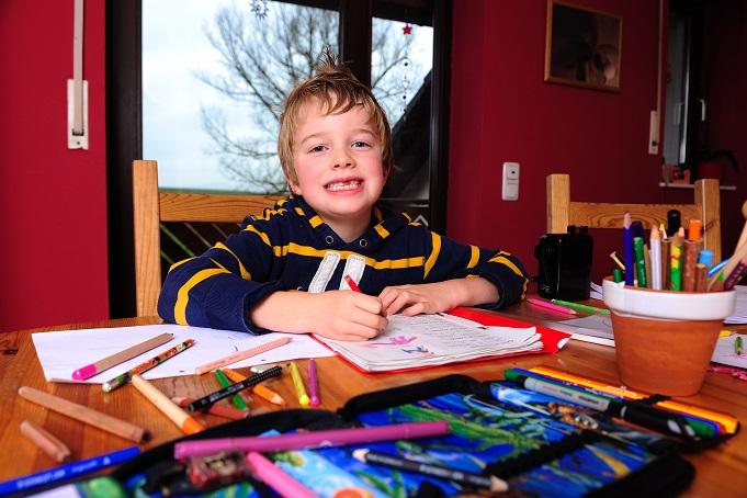 Im Kindergarten dient ein solches Portfolio dazu, die Entwicklung eines Kindes zu dokumentieren. Dazu gehören zum Beispiel persönliche Lernprozesse, individuelle besondere Leistungen und Selbstbildungsprozesse. (#01)