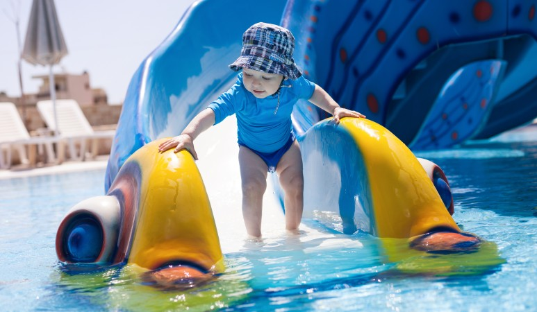 Kleine Wasserratten kommen voll auf Ihre kosten: Toller Badespaß für die Kleinen bieten Wasserparks. (#2)