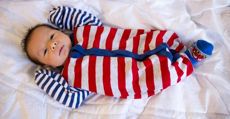 Bei den Ratschlägen der Experten steht der gesunde Schlaf der Kinder im Hintergrund. Auch die Eltern wünschen ihrem Nachwuchs die beste Umgebung und eine Matratze, die einen ruhigen, erholsamen Schlaf fördert. (#07