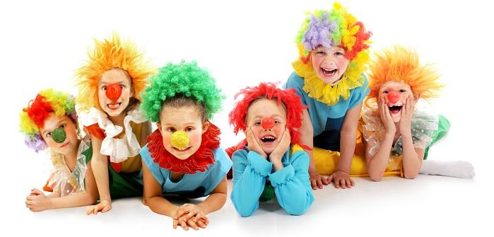 Gruppen Kostume Auffalliges Erscheinungsbild Beim Karneval