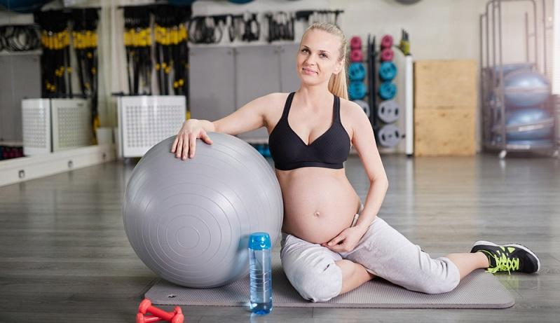 Die Füße müssen jetzt in der Schwangerschaft einiges aushalten und teilweise bis zu 20 Kg mehr Gewicht durch die Welt tragen. (#03)