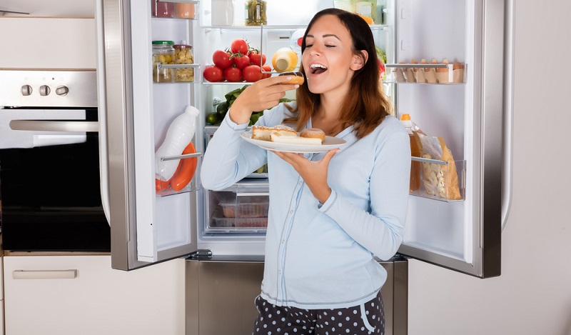 Vielen Schwangeren geht es so, dass sie gerade in der Schwangerschaft unheimliche Gelüste nach Schokolade und sonstigen süßen Sachen haben. (#01)
