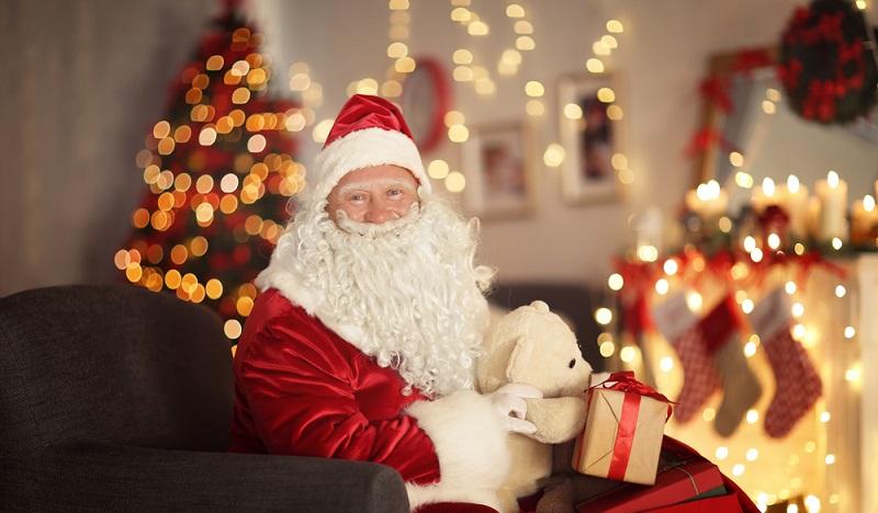 Der Nikolaus hat noch einige Überraschungen parat. Er hat aber bestimmt weitere schöne Geschenke für Kinder dabei. (#3)