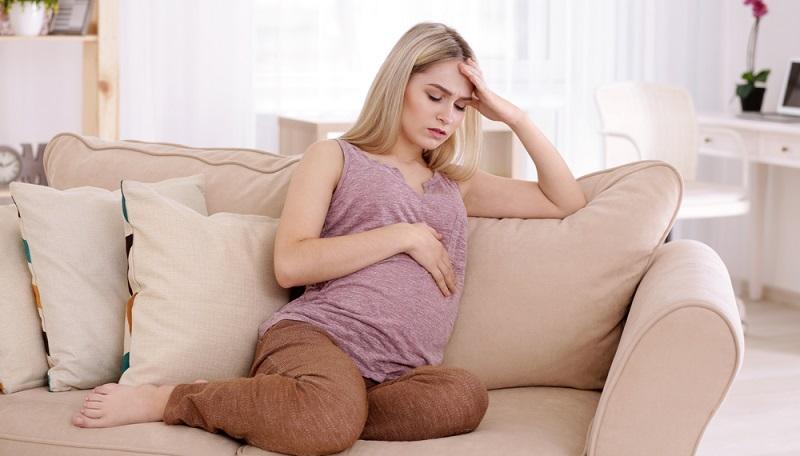 Im letzten Drittel ist die Frau hochschwanger und der wachsende Babybauch wird von Tag zu Tag im wahrsten Sinne des Wortes beschwerlicher.