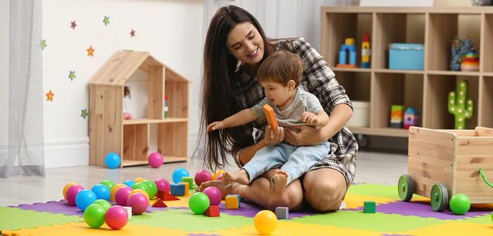 Babysitter werden: Checkliste für Schüler & Co. (Foto: shutterstock_New Africa)